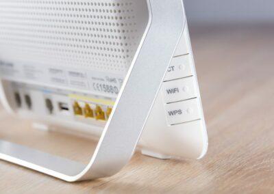 Wzmacniacze sygnału – rozwiązania problemów ze słabym Wi-Fi