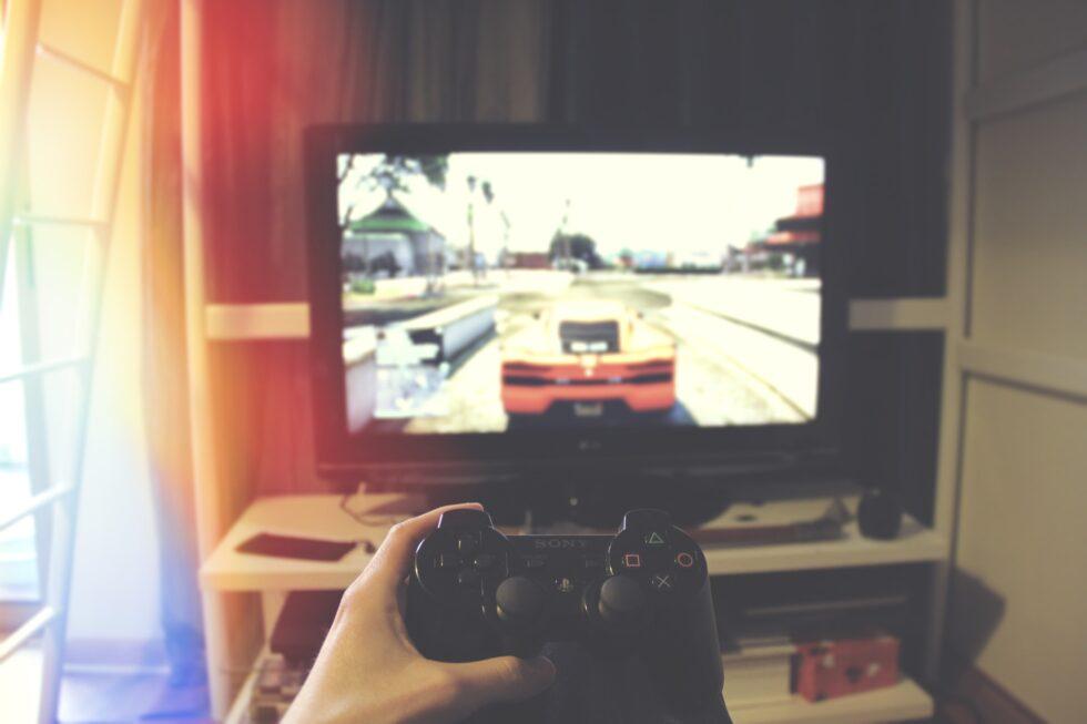 Który telewizor jest najlepszy na konsole PS i Xbox?